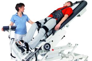Робот избавляет от последствий инсульта