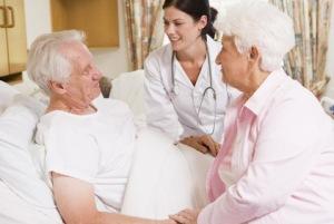 Пациент на этапе реабилитации после инсульта