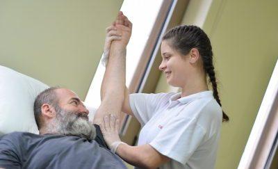 Физиотерапевт в клинике Эвексия
