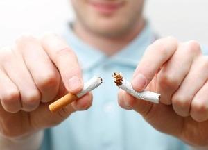 Курильщики наносят вред своему здоровью