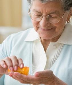 Особенности приема медикаментов пожилыми людьми