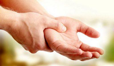 Мужские руки